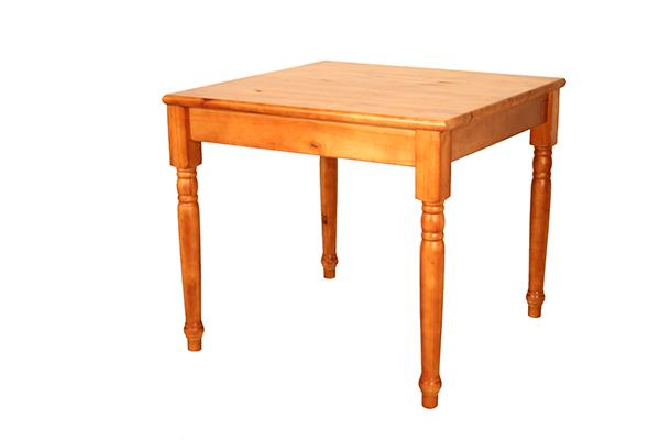 Kitchen table colonial leg 900 x 900
