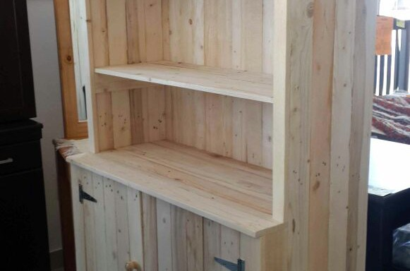 Pallet 2 Door Cabinet + Wall unit