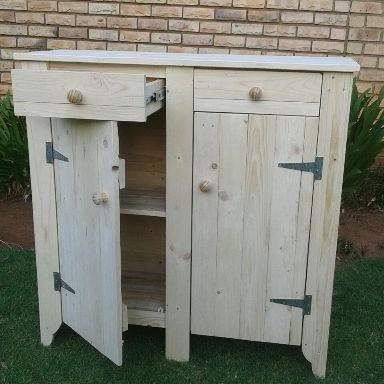 Pallet 2 Door 2 Draw Cabinet
