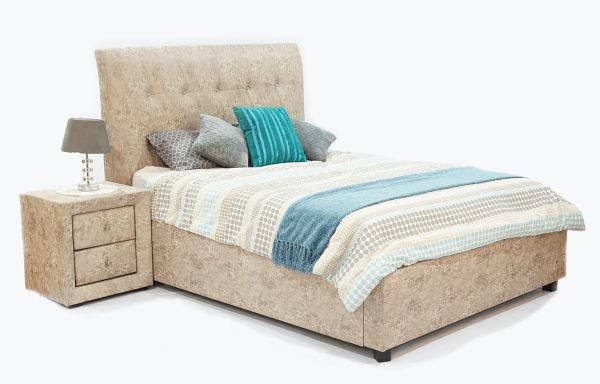 Gloria Sleigh bed – Saltpan